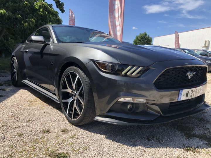 Ford Mustang GT PREMIUM 5.0 V8 GRIS FONCE METAL  Occasion - 2