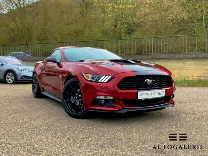 Ford Mustang VI * FASTBACK 5.0 V8 421 cv * GT PREMIUM BVA6 Rouge Candy Métallisé - 2