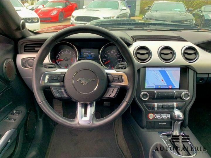 Ford Mustang VI * FASTBACK 5.0 V8 421 cv * GT PREMIUM BVA6 Rouge Candy Métallisé - 4