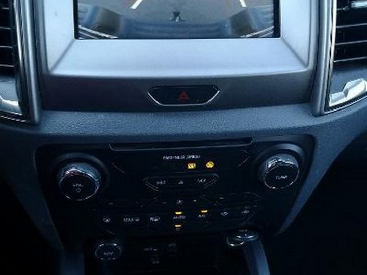 Ford Ranger 2 3.2 TDCI 200 SUPER CAB XLT BVA Noir Métallisé Occasion - 12