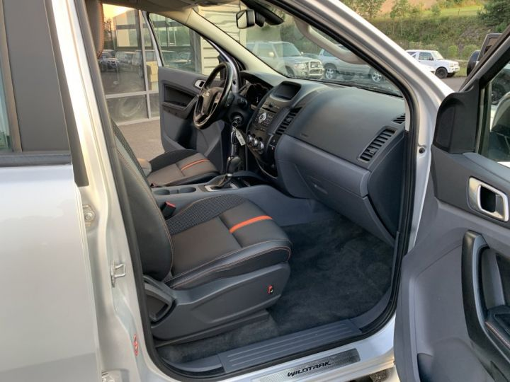 Ford Ranger 3.2 L TDCI 200 CV Wildtrack Boite Auto Gris clair - 13
