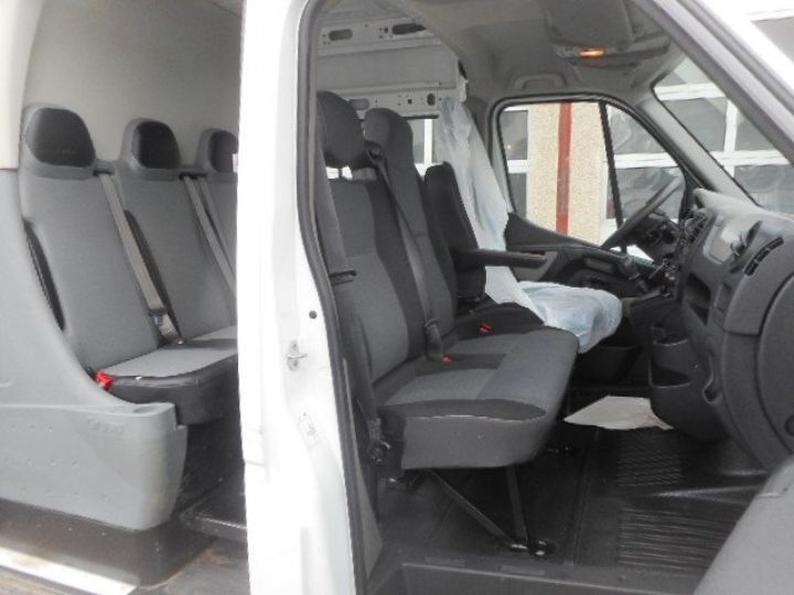 Fourgon Renault Master Fourgon Double cabine L2H2 DCI 125 DOUBLE CABINE 7 PLACES  - 6