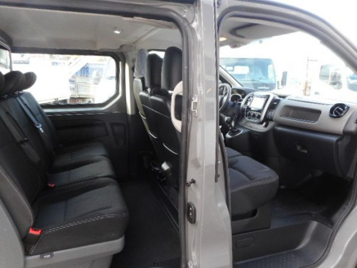 Fourgon Renault Trafic Fourgon Double cabine L1H1 DCI 120  - 7