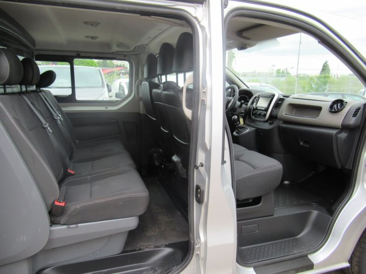 Fourgon Renault Trafic Fourgon Double cabine L2H1 DCI 125 DOUBLE CABINE  - 5