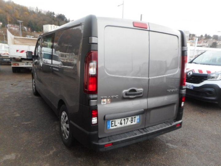 Fourgon Renault Trafic Fourgon Double cabine L2H1 DCI 145 DOUBLE CABINE  Occasion - 4
