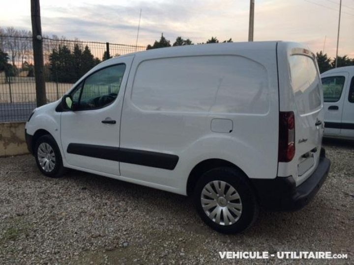 Fourgon Citroen Berlingo Fourgon tolé 1.6HDI 90 L1 120 PACK CLIM  - 2