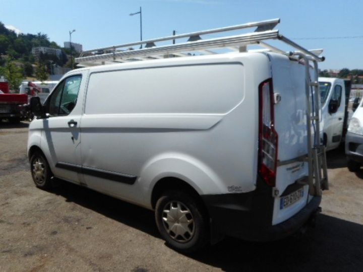 Fourgon Ford Transit Fourgon tolé CUSTOM L1H1 TDCI 125  Occasion - 4