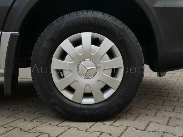 Fourgon Mercedes Sprinter Fourgon tolé 319 BlueTEC Fourgon Compact, Caméra, GPS, Attelage Argent Brillant métallisé - 14