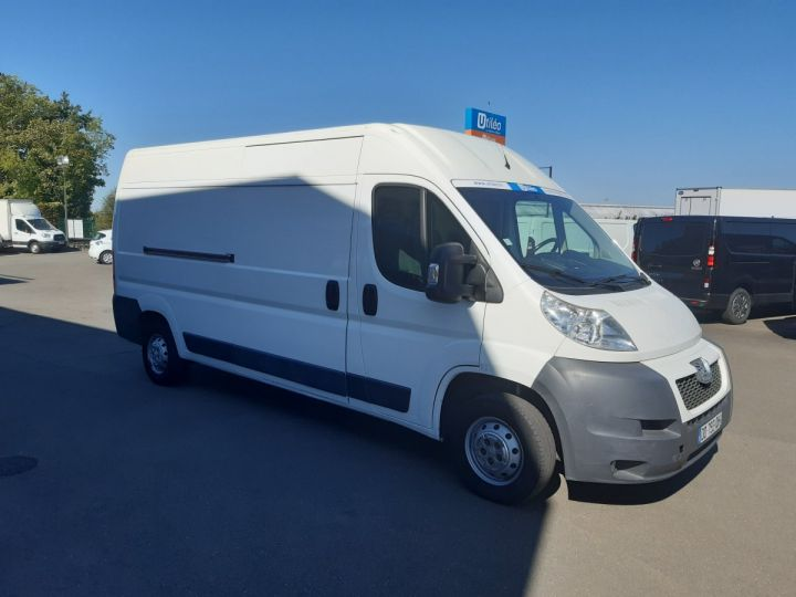 Fourgon Peugeot Boxer Fourgon tolé 335 L3H2 2.2 HDI 130CH PACK CLIM BLANC - 2