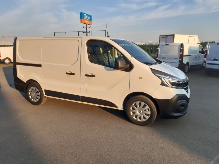 Fourgon Renault Trafic Fourgon tolé L1H1 2.0 BLUE DCI 120CH GRAND CONFORT BLANC - 2