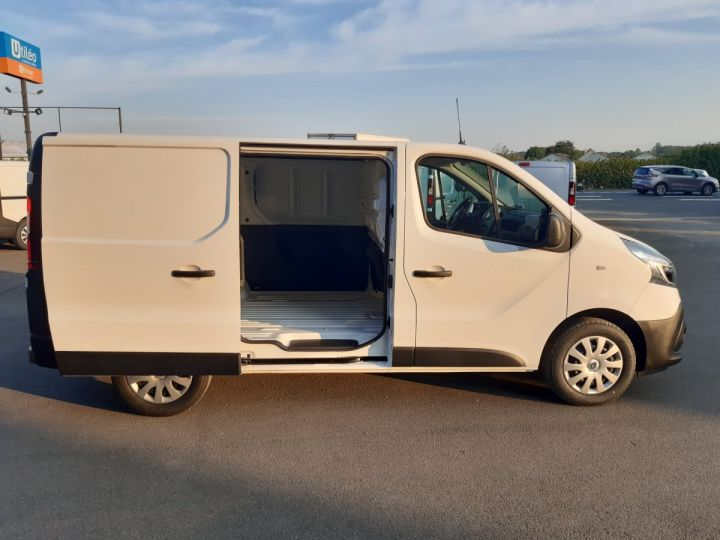 Fourgon Renault Trafic Fourgon tolé L1H1 2.0 BLUE DCI 120CH GRAND CONFORT BLANC - 7