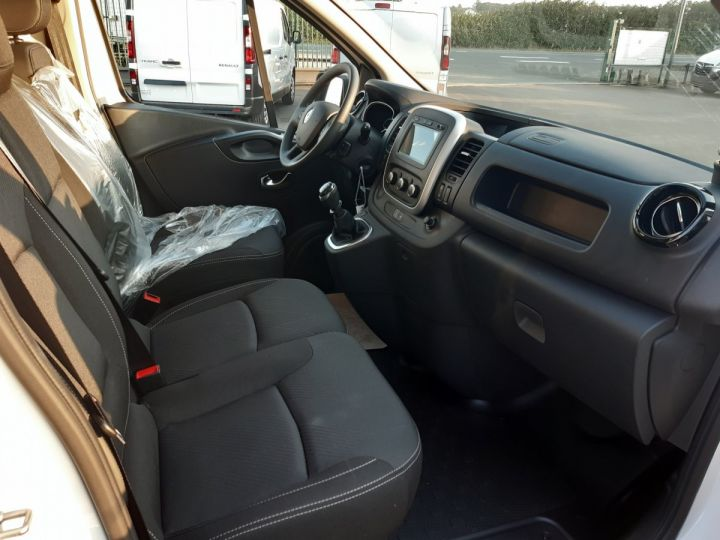 Fourgon Renault Trafic Fourgon tolé L1H1 2.0 BLUE DCI 120CH GRAND CONFORT BLANC - 8