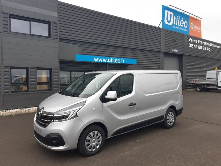 Fourgon Renault Trafic Fourgon tolé L1H1 2.0 DCI 145CV GRAND CONFORT GRIS METAL - 1