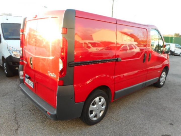 Fourgon Renault Trafic Fourgon tolé L1H1 DCI 115  Occasion - 3