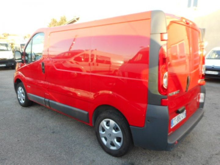 Fourgon Renault Trafic Fourgon tolé L1H1 DCI 115  Occasion - 4