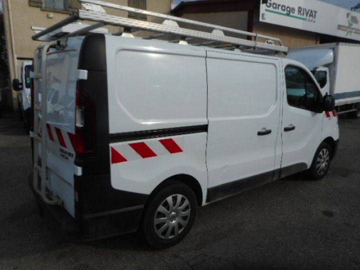 Fourgon Renault Trafic Fourgon tolé L1H1 DCI 120  Occasion - 3