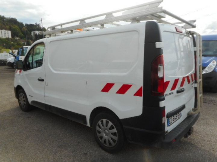 Fourgon Renault Trafic Fourgon tolé L1H1 DCI 120  Occasion - 4