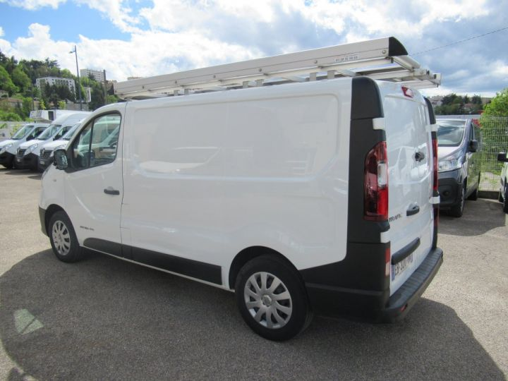 Fourgon Renault Trafic Fourgon tolé L1H1 DCI 120  - 4