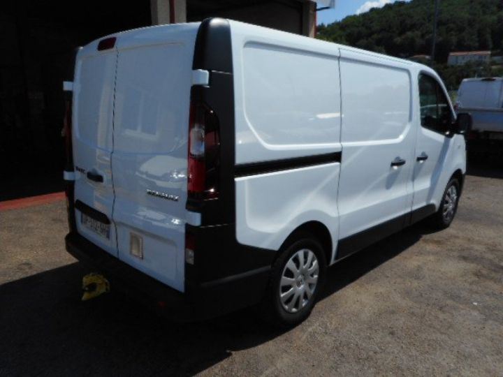 Fourgon Renault Trafic Fourgon tolé L1H1 DCI 140  Occasion - 3