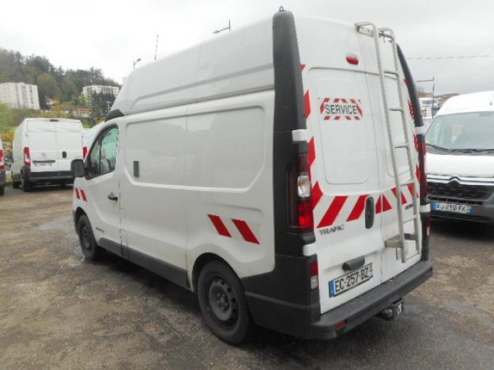 Fourgon Renault Trafic Fourgon tolé L1H2 DCI 120  - 3