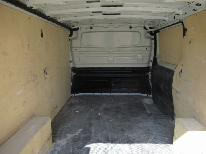 Fourgon Renault Trafic Fourgon tolé L2H1 DCI 120  - 6