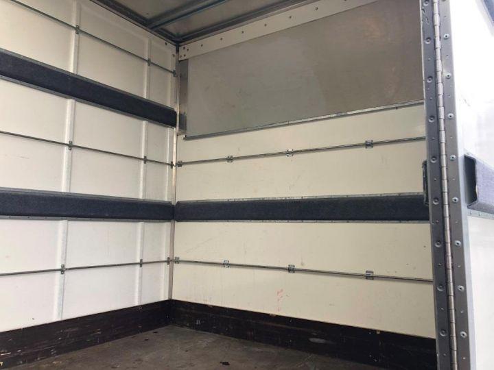Furgón Iveco Daily Caja cerrada + Plataforma elevadora 35C14 22M3 HAYON CAPUCINE PORT BLANC - 5