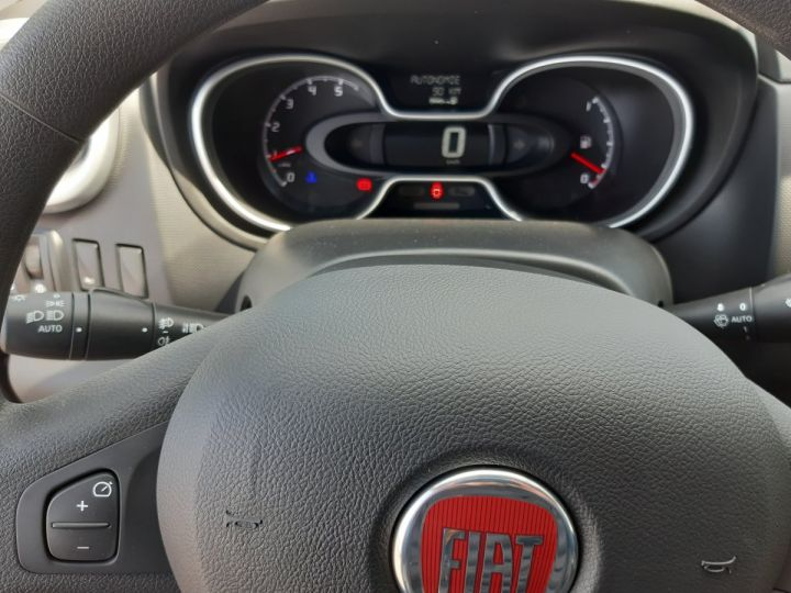 Furgón Fiat Talento Furgón 1.2 LH1 2.0 MJET 120 PK PRO NAV NOIR - 11