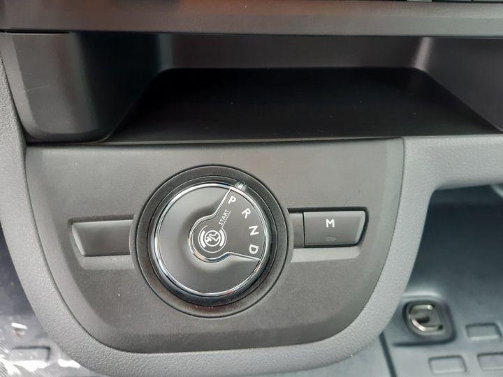 Furgón Peugeot Expert Furgón STANDARD 2.0 HDI 180 EAT8 PREMIUM GRIS CLAIR METAL - 9