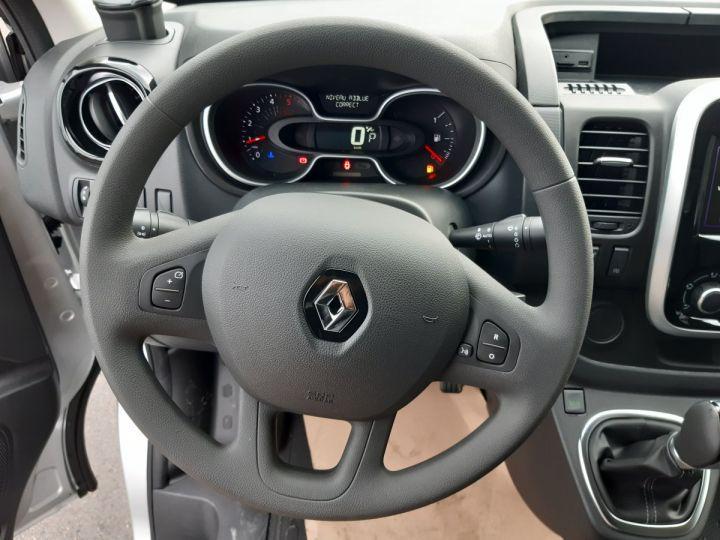 Furgón Renault Trafic Furgón L2H1 1200 2.0 DCI 145CH ENERGY GRAND CONFORT GRIS PLATINE - 9