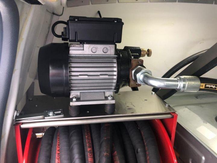 Furgón Opel Movano 125 FOURGON CAMION ATELIER EQUIPE DE DISTRIBUTEUR ET COLLECTE D'HUILES USAGEES BLANC - 17