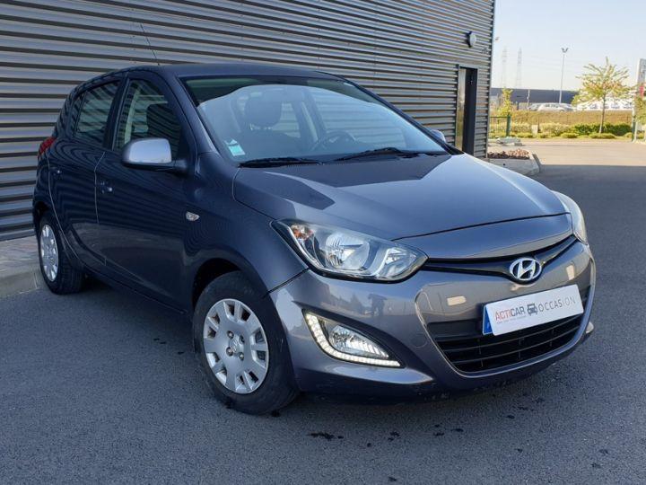 Hyundai i20 1.1 crdi 75 pack inventlimite viii Gris Occasion - 2