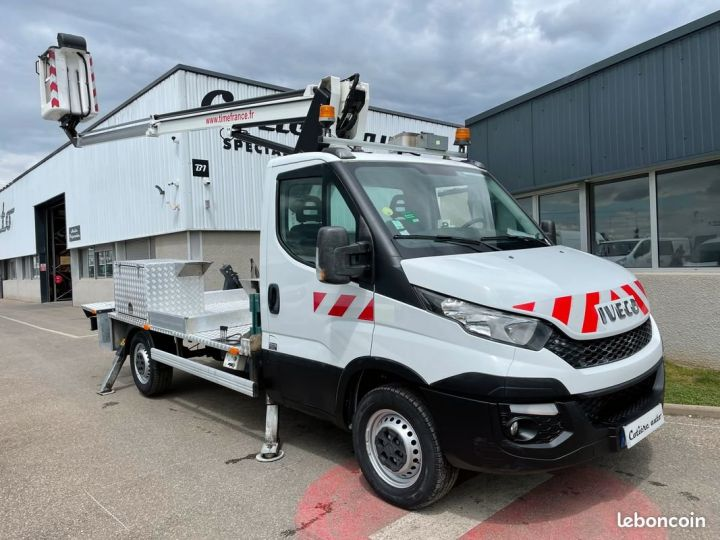 Iveco DAILY 35-13 nacelle Time France 13m 44h  - 1