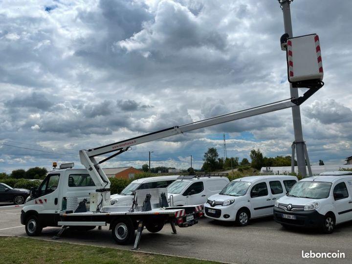 Iveco DAILY 35-13 nacelle Time France 13m 44h  - 5