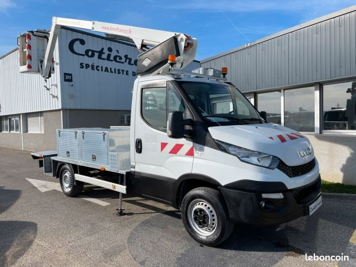 Iveco Daily 35S13 nacelle Time France 147h  - 1