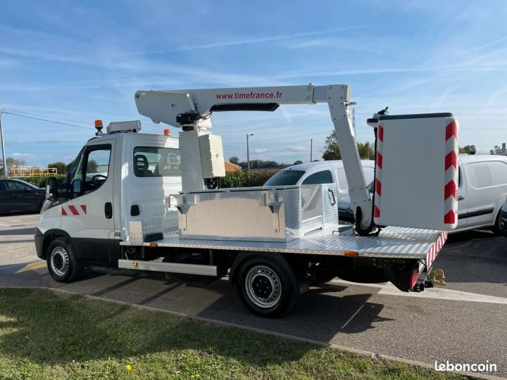 Iveco Daily 35S13 nacelle Time France 147h  - 3