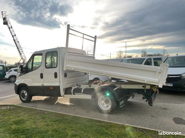 Iveco DAILY double cabine benne 7 places 35-13  - 3