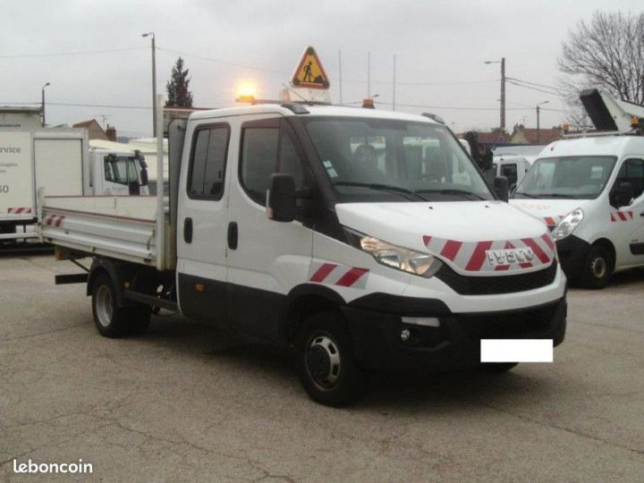 Iveco DAILY double cabine benne 7 places 35c17  - 1