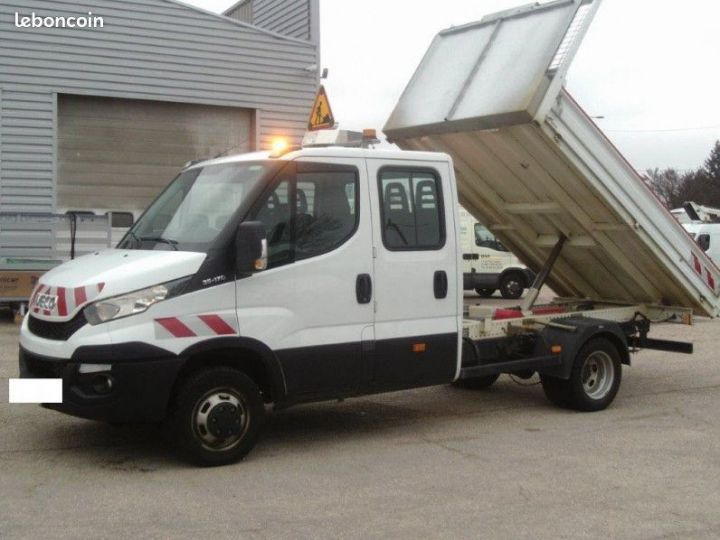 Iveco DAILY double cabine benne 7 places 35c17  - 2