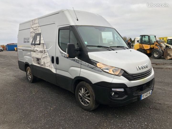 Iveco DAILY fourgon 35c21 35-210 hi-matic  - 1