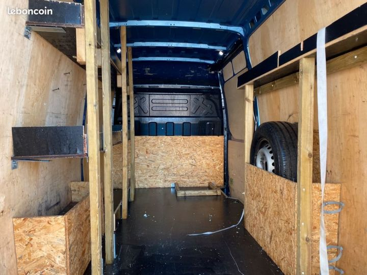 Iveco DAILY fourgon l2h2 35s18 v12 HI MATIC  - 5