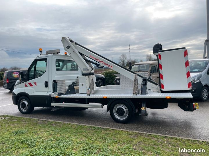Iveco DAILY nacelle Time France 13m  - 4