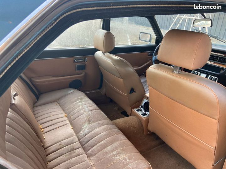 Jaguar Daimler serie 3 sovereign v12 5.3  - 3