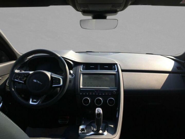Jaguar E-Pace gris  - 6