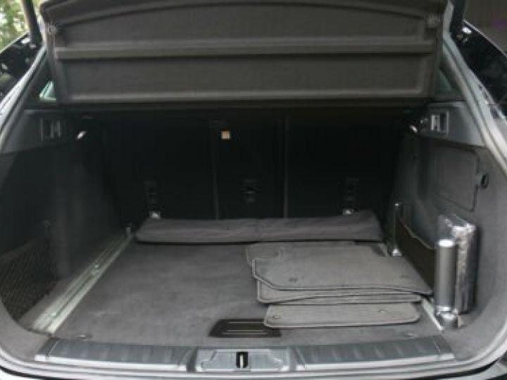 Jaguar E-Pace 2.0 P - 300 ch AWD BVA HSE / GPS / TOIT PANO / BLUETOOTH / PHARE LED / GARANTIE 12 MOIS / JAGUAR APPROUVED Noir métallisée  - 13