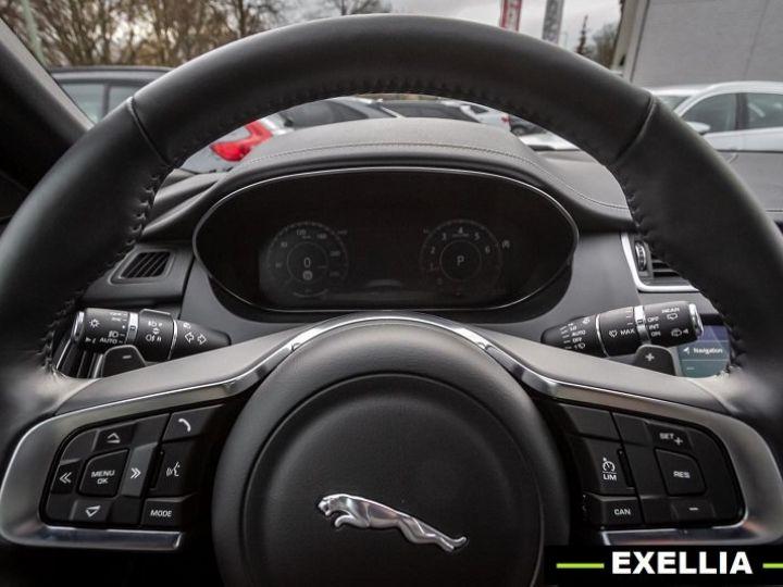 Jaguar E-Pace P200 AWD R-DYNAMIC S  NOIR PEINTURE METALISE  Occasion - 9