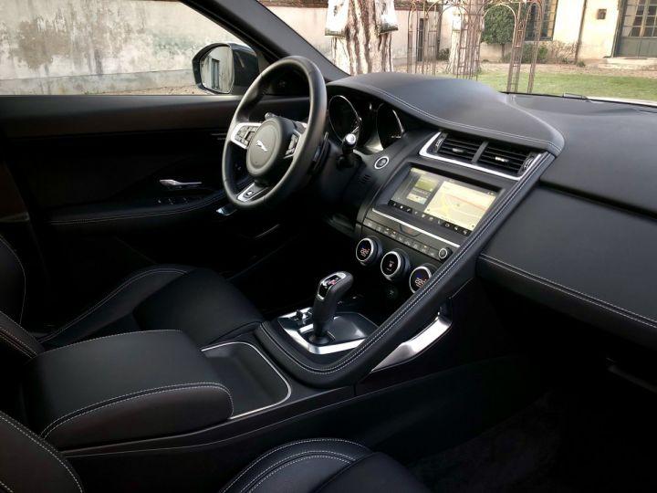 Jaguar E-Pace R-Dynamic SE Borasco Grey métallisée - 7