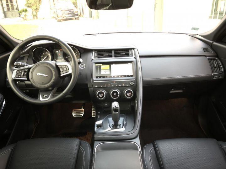 Jaguar E-Pace R-Dynamic SE Borasco Grey métallisée - 10