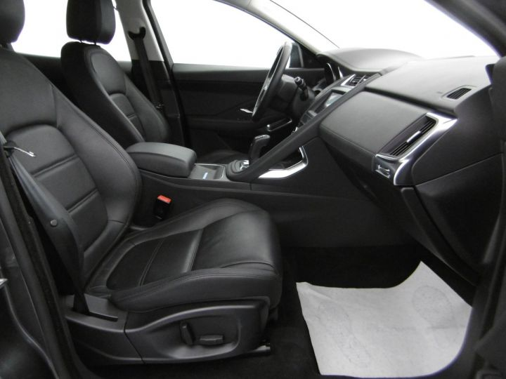 Jaguar E-Pace S GRIS CORRIS - 3