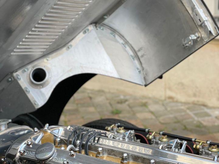 Jaguar E-Type Lightweight Aluminum Gris - 13