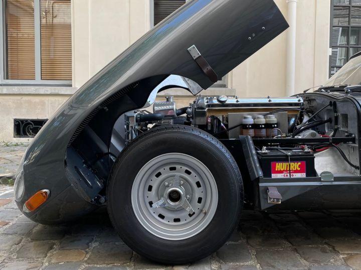 Jaguar E-Type Lightweight Aluminum Gris - 8